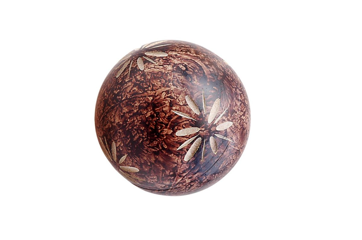 Holzkugel verziert braun / wooden ball decorated brown